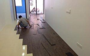 Hướng dẫn chi tiết cách thi công sàn nhựa hèm khóa tại Moduleo